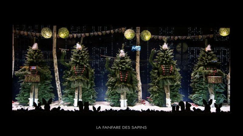 holiday window display christmas trees